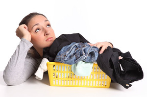 Как можно вывести масляное пятно с одежды.