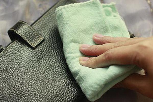 a62822e5c92d Как почистить кожаную сумку в домашних условиях: как восстановить ...