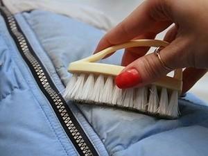 Как отстирать пятно от одуванчика