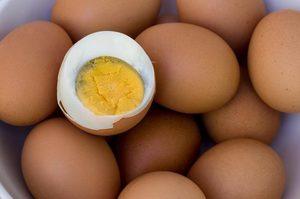 Хранение вареных и сырых яиц