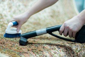 Самый простой способ чистки ковров