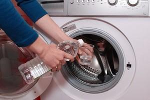 Лайфхак: как почистить стиральную машинку от накипи, грязи и плесени - Лайфхак: как почистить стиральную машинку от накипи, грязи и плесени