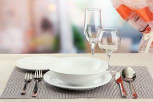 Сервировка стола для трапезы