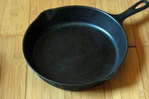 Необходимость прокаливания сковороды